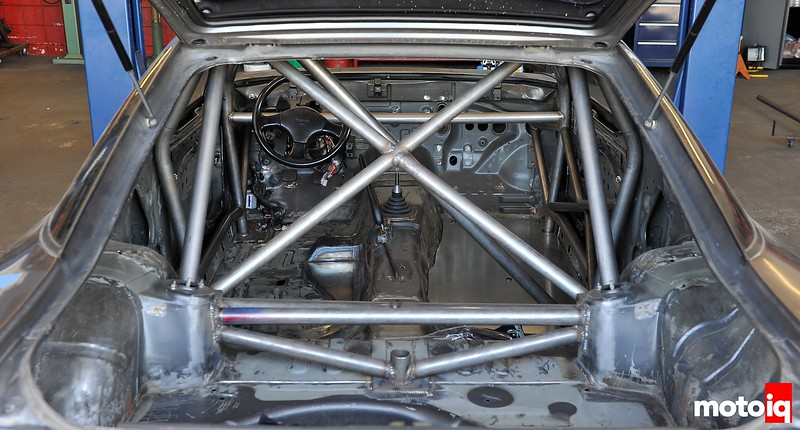 Project LSR roll cage installed